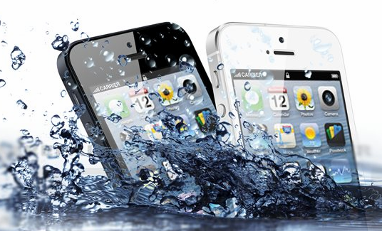 How to save an iphone 6 6plus from water damage for Dropped iphone in swimming pool